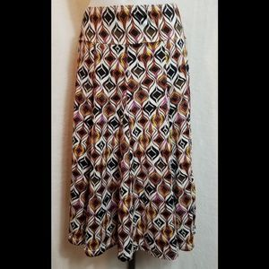 Essentials By Milano Woman's Skirt Size XL